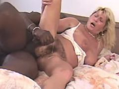 Blonde granny gets cumload on pussy